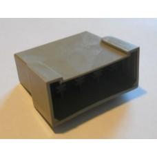 Изолятор пластиковый 8 штекеров 6,3мм